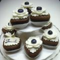 Cupcakes total black & white