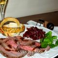 Roast beef all'inglese con cipolle di Tropea in[...]