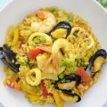 Paella di pesce all'integrale